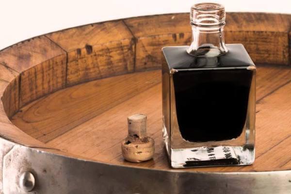 Cómo se elabora el vinagre de Módena balsámico