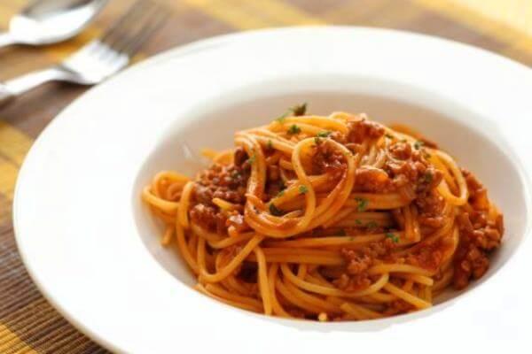 Receta pasta con carne y limón