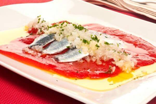 Receta ensalada de sardinas con pimientos